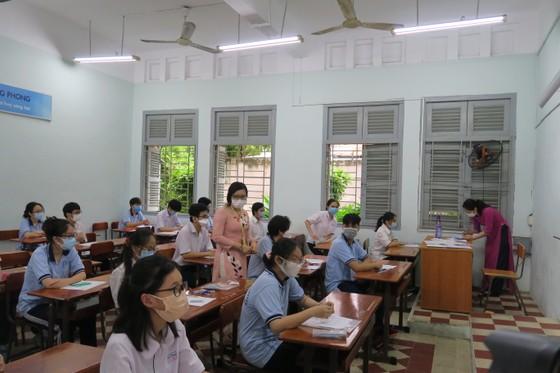 TPHCM: Hoàn tất chấm thi tốt nghiệp THPT vào chiều nay (20-7) ảnh 1