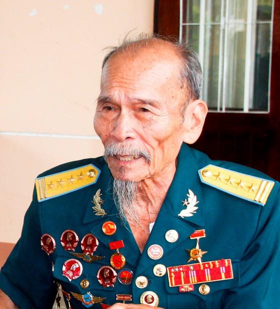 Người dân Lai Vung dọn đường sá đón ông Bảy trở về ảnh 1
