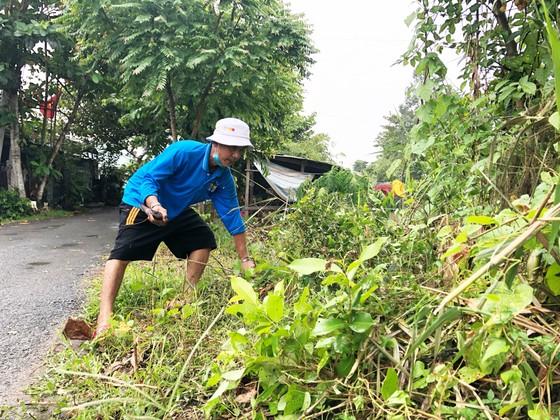 Người dân Lai Vung dọn đường sá đón ông Bảy trở về ảnh 3