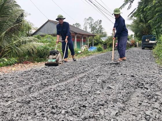 Người dân Lai Vung dọn đường sá đón ông Bảy trở về ảnh 5