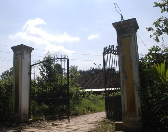 Độc đáo nhà trăm cột bằng gỗ quý tại Đồng Tháp ảnh 2