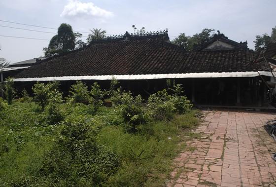 Độc đáo nhà trăm cột bằng gỗ quý tại Đồng Tháp ảnh 3