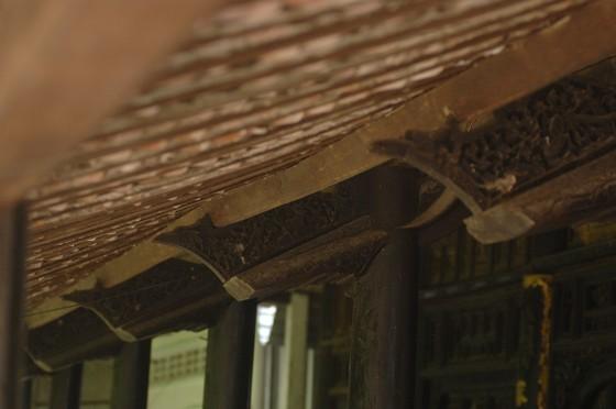 Độc đáo nhà trăm cột bằng gỗ quý tại Đồng Tháp ảnh 12