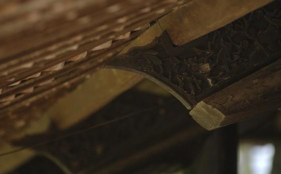 Độc đáo nhà trăm cột bằng gỗ quý tại Đồng Tháp ảnh 13