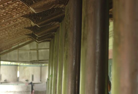 Độc đáo nhà trăm cột bằng gỗ quý tại Đồng Tháp ảnh 14