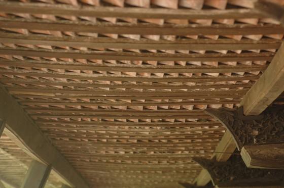 Độc đáo nhà trăm cột bằng gỗ quý tại Đồng Tháp ảnh 10