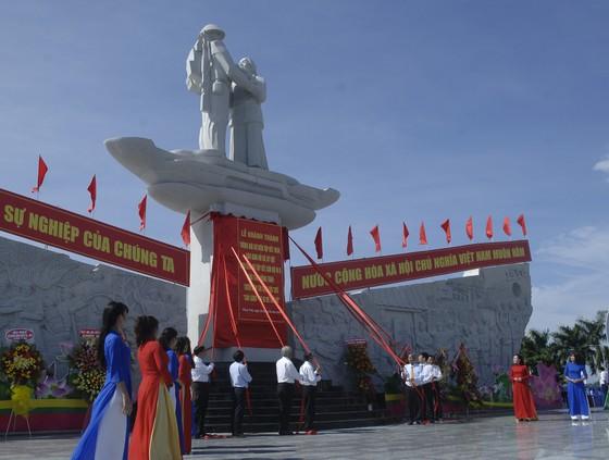 Khánh thành tượng đài tưởng niệm sự kiện tập kết 1954 ảnh 5