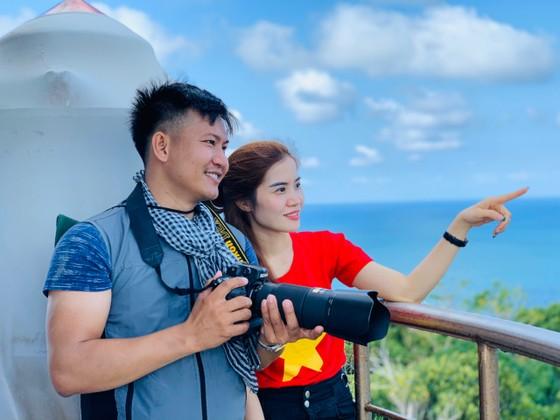 Đoàn công tác thăm và chúc tết cán bộ, chiến sĩ đảo Thổ Chu ảnh 3