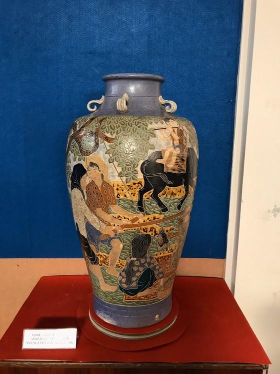 Trưng bày 800 hiện vật cổ quý giá thế kỷ 19, 20 ảnh 3