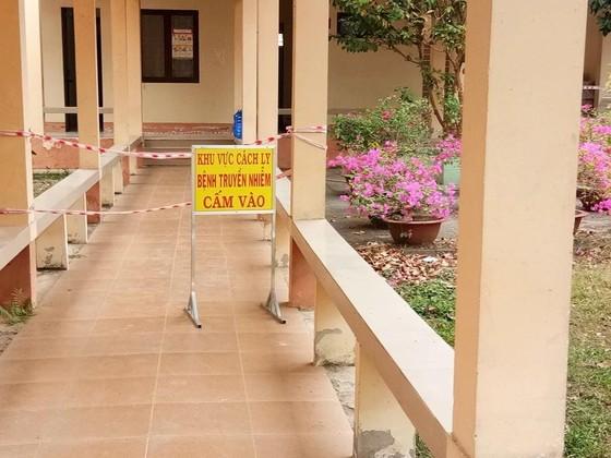 Xử lý nghiêm cán bộ có dấu hiệu tiêu cực tại khu cách ly tỉnh Vĩnh Long ảnh 1