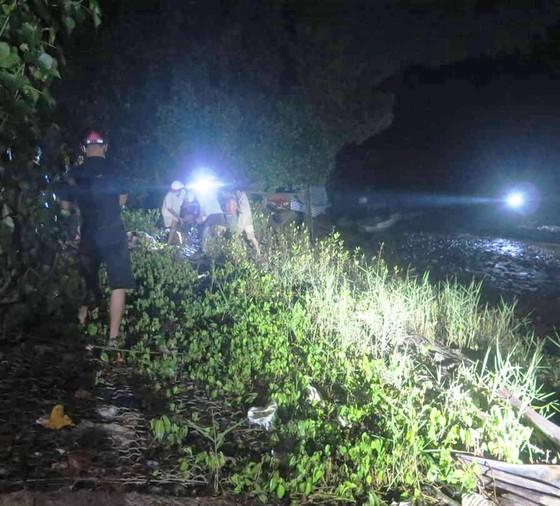 Bến Tre: 4 người chết và mất tích trong lúc đi câu cá ảnh 1