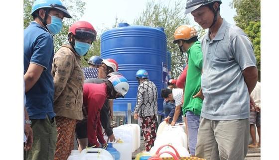 Bến Tre lý giải về giá nước ngọt tăng cao trong mùa hạn mặn  ảnh 2