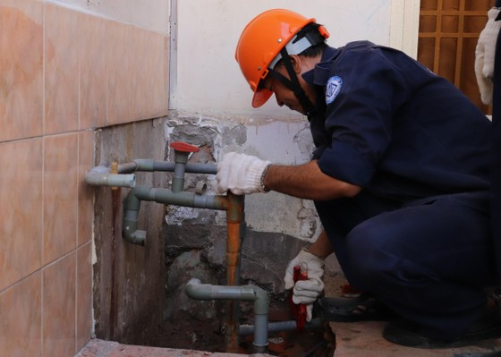 Trám lấp giếng khoan để giảm khai thác nước dưới đất ảnh 2