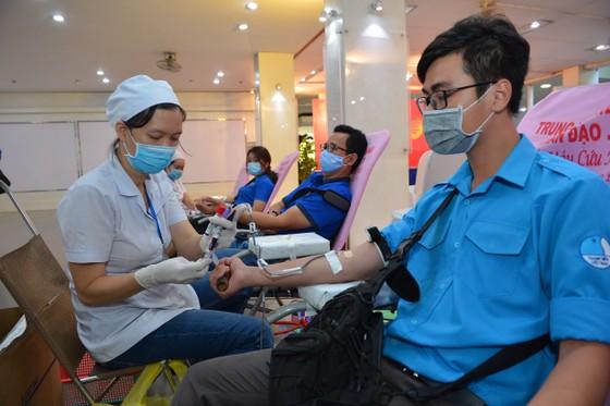 TPHCM tổ chức 'Ngày hội hiến máu tình nguyện' năm 2020 ảnh 6