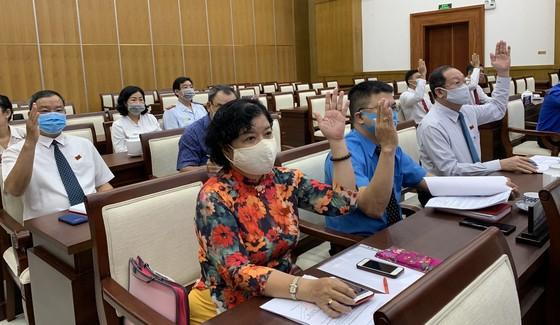 Đồng chí Nguyễn Đông Tùng được bầu làm Chủ tịch UBND quận Phú Nhuận   ảnh 1
