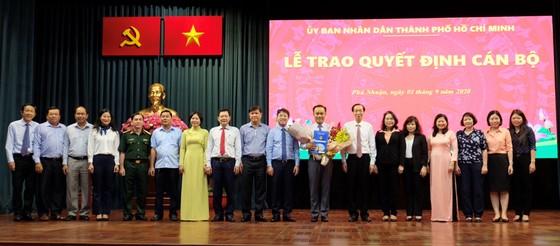 UBND quận Phú Nhuận có tân Chủ tịch và các Phó Chủ tịch ảnh 1
