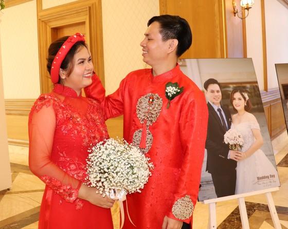 Lễ cưới tập thể của công nhân khó khăn ảnh 2