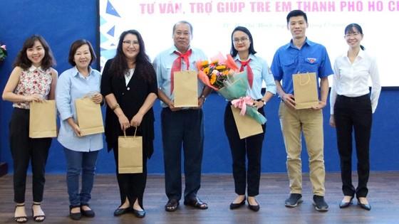 Ra mắt CLB tư vấn, trợ giúp trẻ em TPHCM ảnh 1