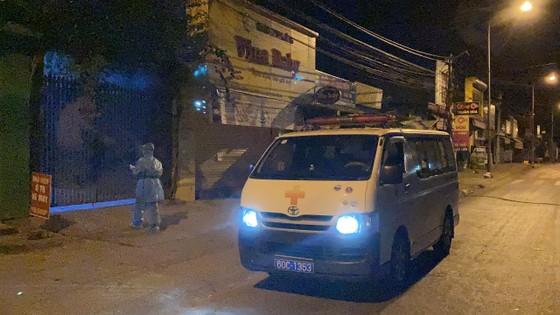 Một phụ nữ dương tính với SARS-CoV-2, Đồng Nai họp khẩn trong đêm ảnh 1