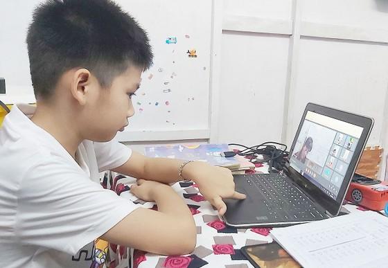 ĐBSCL: Hàng ngàn học sinh không thể học trực tuyến ảnh 1