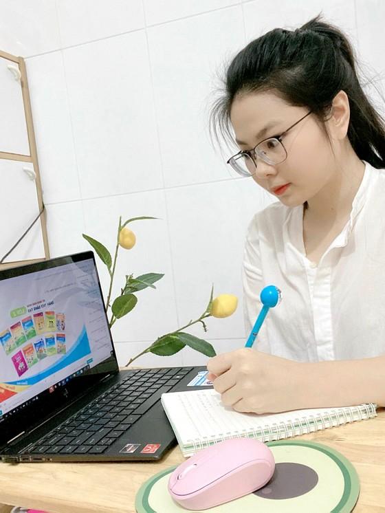 Dạy trực tuyến cho học sinh tiểu học: Nội dung tinh giản, thời gian linh hoạt ảnh 1