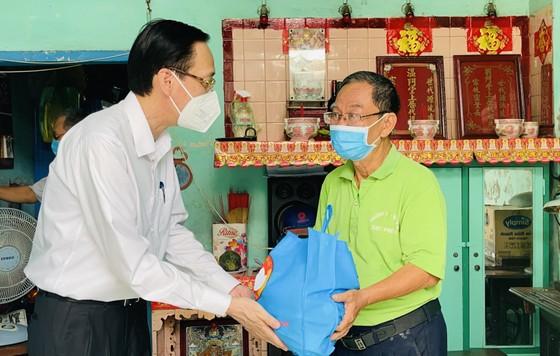 Ghi nhận sự đóng góp của người dân tham gia tự quản chốt bảo vệ 'vùng xanh' ảnh 1