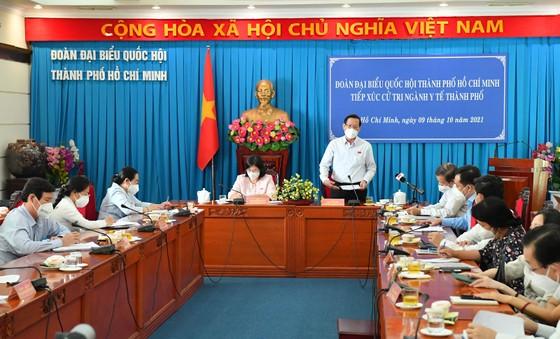 Đại biểu Quốc hội Trần Hoàng Ngân: Đầu tư đúng tầm và đãi ngộ thỏa đáng cho ngành y tế ảnh 3