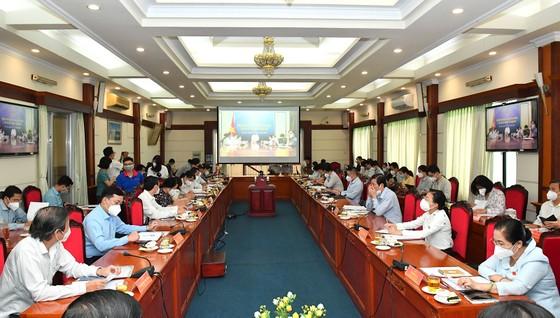 Đại biểu Quốc hội Trần Hoàng Ngân: Đầu tư đúng tầm và đãi ngộ thỏa đáng cho ngành y tế ảnh 2