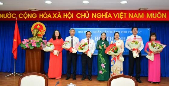 Đồng chí Nguyễn Văn Hiếu làm Bí thư Thành ủy TP Thủ Đức, đồng chí Hoàng Tùng làm Chủ tịch UBND TP Thủ Đức ảnh 12