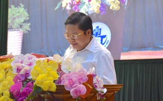 Bí thư Thành ủy Nguyễn Văn Nên yêu cầu đẩy mạnh chuyển đổi số để giảm phiền hà cho người dân ảnh 2