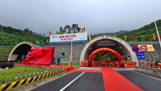 Khánh thành hầm đường bộ Hải Vân 2 ảnh 1
