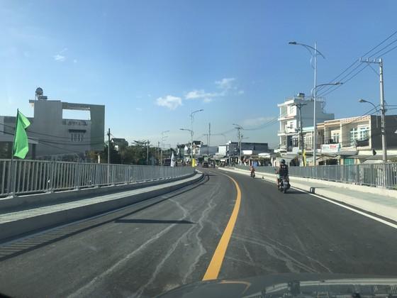 Thông xe cầu Phước Lộc, huyện Nhà Bè sau 8 năm thi công ảnh 2