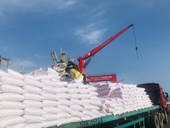 Phân bón Dầu khí Cà Mau nhập cảng 15.000 tấn phân bón Kali Israel