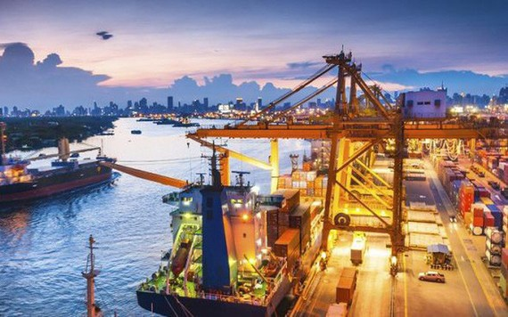 5 tháng đầu năm Việt Nam nhập siêu 369 triệu USD
