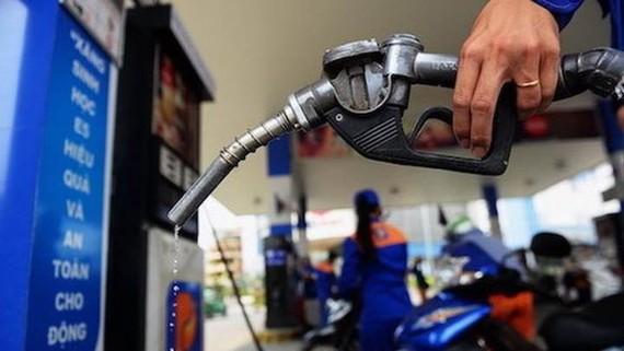 Giá xăng dầu tiếp tục tăng mạnh từ 15h ngày 25-9