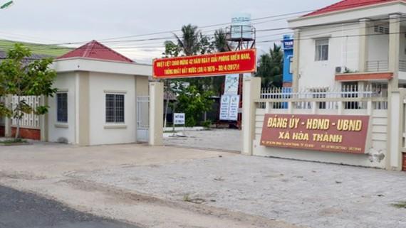 Trụ sở hành chính xã Hòa Thành. Ảnh: NGỌC CHÁNH