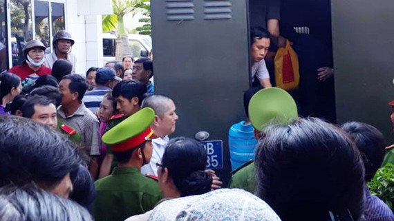 """Các """"đại gia"""" thủy sản một thời của tỉnh Cà Mau bị HĐXX kết án tù"""