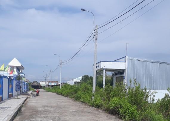 Nhiều cán bộ được cấp nền sai quy định tại Khu tái định cư khóm 1, thị trấn Đầm Dơi