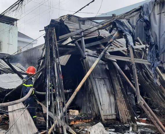 Hiện trường vụ cháy chợ phường 8