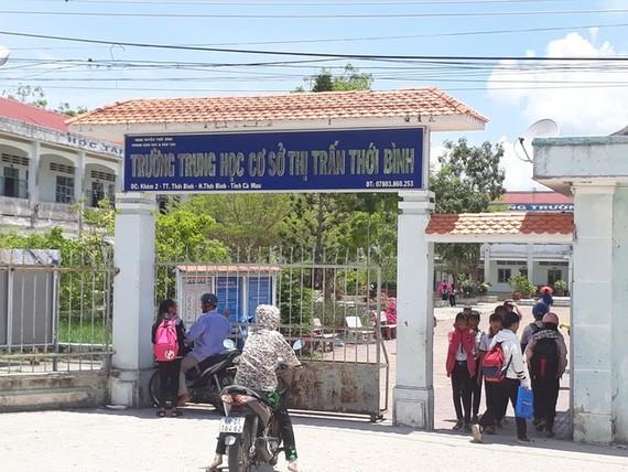 Trường THCS thị trấn Thới Bình