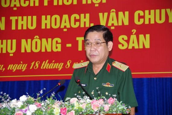 Thiếu tướng Nguyễn Văn Gấu phát biểu tại buổi ký kết. ẢNH: VĂN ĐÔNG