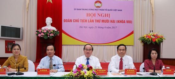 Hội nghị Đoàn Chủ tịch Ủy ban TƯ MTTQ Việt Nam chiều 21-6