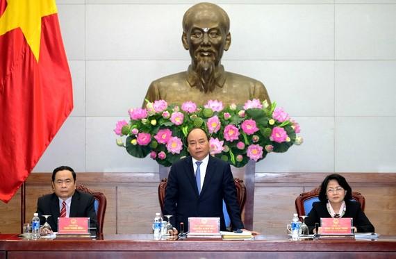 Thủ tướng chủ trì cuộc họp về thi đua khen thưởng