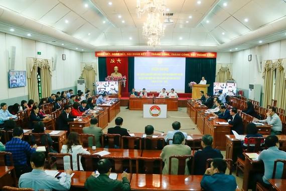 Hội nghị ngày 21-11