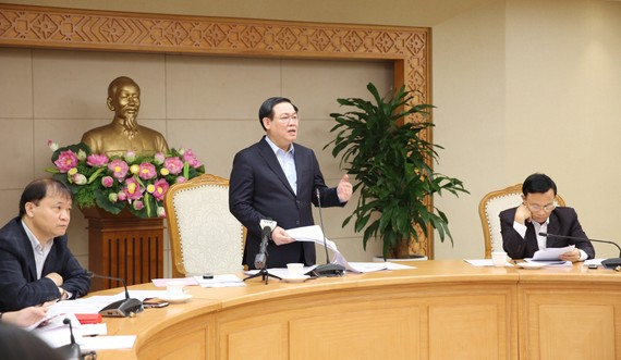 Phó Thủ tướng Vương Đình Huệ  chỉ đạo về điều hành giá. Ảnh: VGP