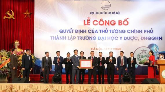 Lễ công bố quyết định thành lập Trường ĐH Y Dược của Thủ tướng Chính phủ
