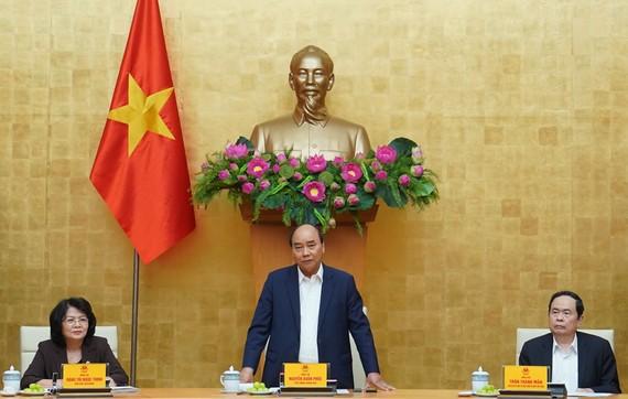 Hội đồng Thi đua - Khen thưởng Trung ương họp dưới sự chủ trì của Thủ tướng Nguyễn Xuân Phúc. Ảnh: QUANG PHÚC