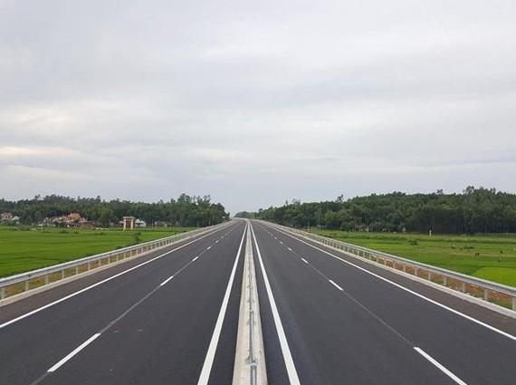 Nghiên cứu đầu tư tuyến Cao tốc TPHCM – Thủ Dầu Một – Chơn Thành