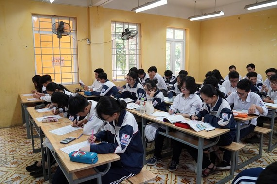 Dạy tiếng Hàn, tiếng Đức là ngoại ngữ 1 để học sinh lựa chọn theo nhu cầu. ẢNH: VIẾT CHUNG