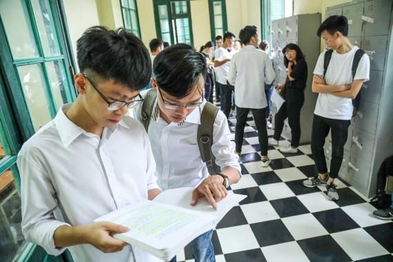 Bộ GD-ĐT đã thiết lập hệ thống thông tin hỗ trợ công tác thi và tuyển sinh năm 2021 để hỗ trợ thí sinh. Ảnh: QUANG PHÚC